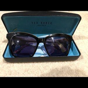 NWOT Ted Baker London Sunglasses
